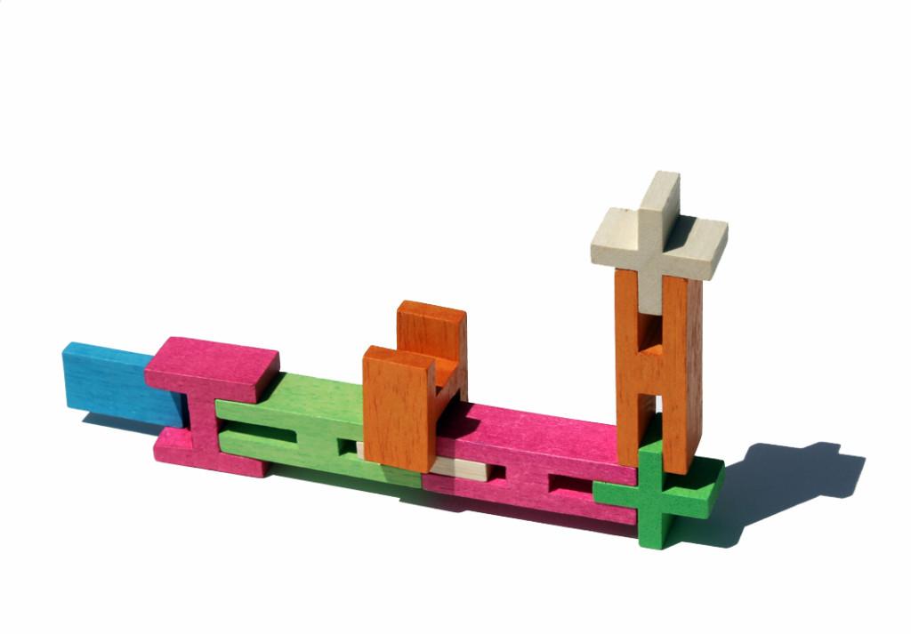 plankjes klikken in blokken, een uniek gepatenteerd concept van Luco speelgoed