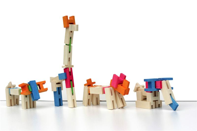 dieren maken met houten plankjes en blokken