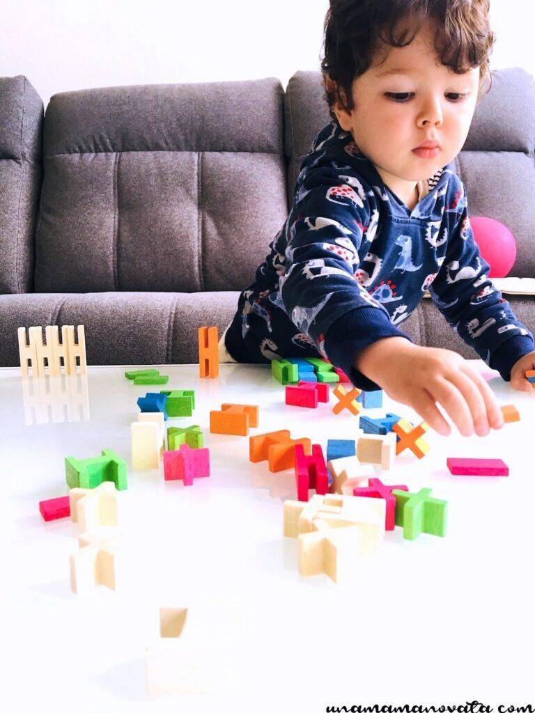 sorteren van houten blokken en plankjes