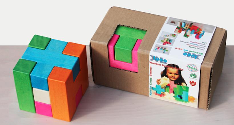 Houten blokken in een kubus, puzzel van LUCO